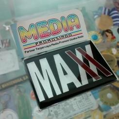 Plat Merk MAXX