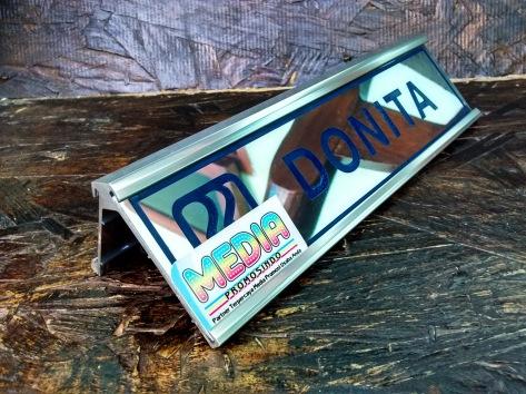 Name Desk BRI rel Aluminium Depan