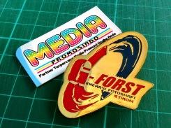 Pin G-FORST kuningan sepuh emas