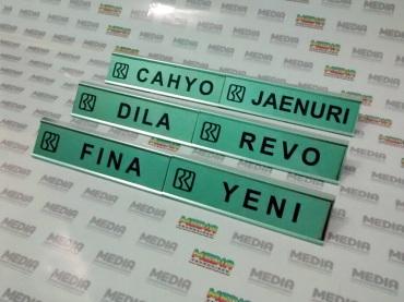 Name Desk BRI 01