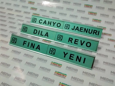 Name Desk BRI 01